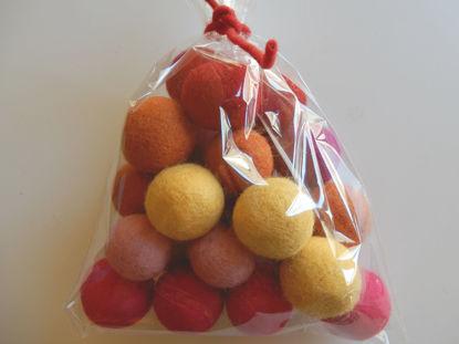Bild von Filzkugeln rottöne 24 Stück