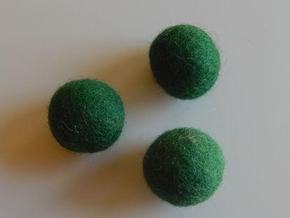 Bild von Filzkugel grün