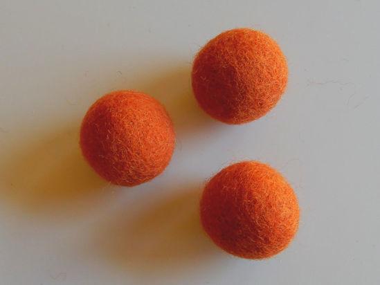 Bild von Filzkugel orange