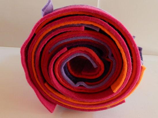 Bild von Filzresten rot